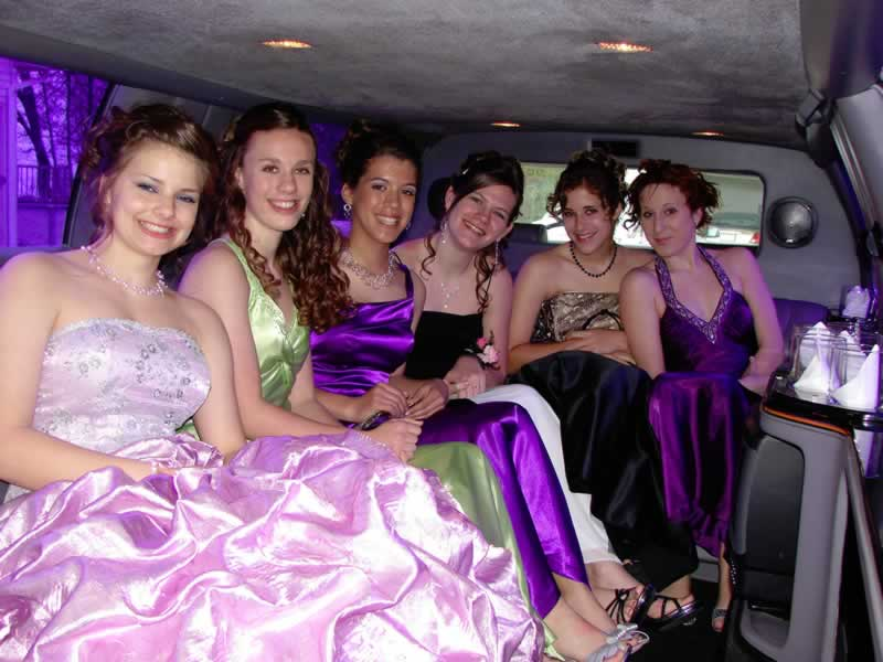 Essex Prom Car Hire Prom Limo Hire From Limos In Essex
